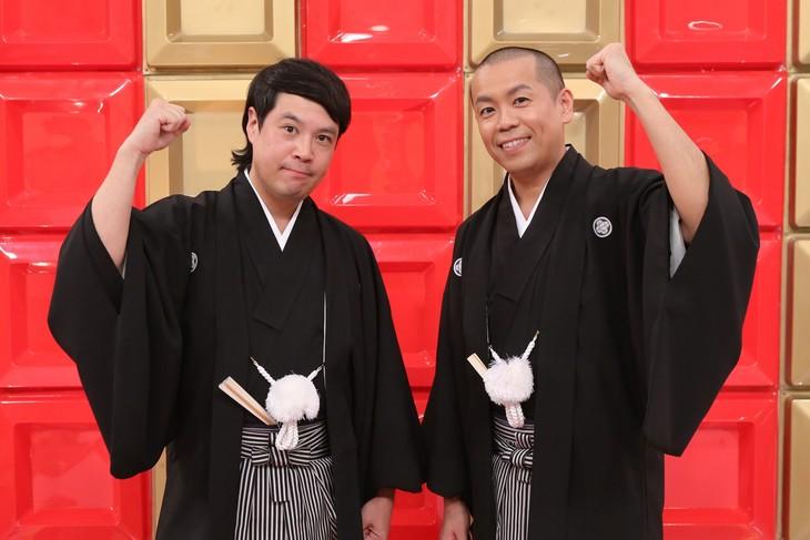 「日本で一番早いお笑いバトル!『フットンダ王決定戦2019』」MCのタカアンドトシ。(c)中京テレビ
