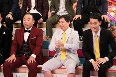 霜降り明星(右から2人)。(c)テレビ朝日
