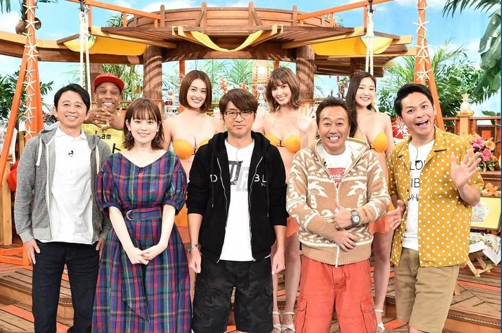 「7つの海を楽しもう!世界さまぁ~リゾート1時間SP」に出演する(前列左から)有吉弘行、筧美和子、さまぁ~ず、ますだおかだ岡田ら。(c)TBS