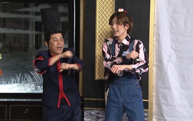 「ゴチ20 W新メンバーはアノ美女と(秘)野獣!?野村萬斎も大興奮SP」のワンシーン。(c)日本テレビ