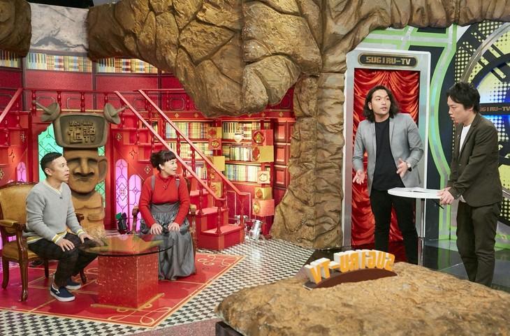 「なるみ・岡村の過ぎるTV」に出演する(左から)ナインティナイン岡村、なるみ、見取り図。(c)ABC