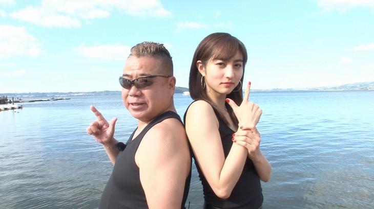 左から出川哲朗、堀田茜。(c)日本テレビ