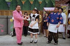 「新喜劇ってどれくらい稽古してるの?」という疑問に答える再現ドラマに吉田沙保里(手前中央)が登場。(c)MBS