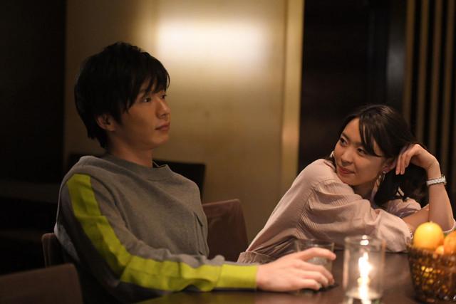 「美人が婚活してみたら」より、タカコと谷田部のデートシーン。