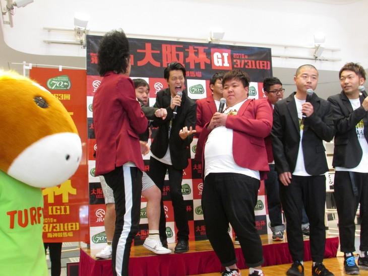 GIレース「大阪杯」PRイベントの様子。
