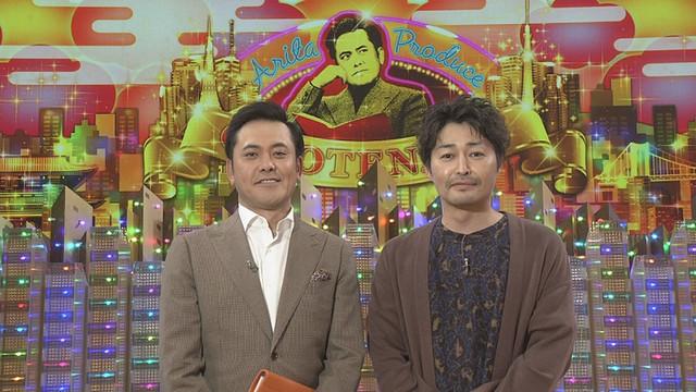 有田P(左)とゲストの安田顕(右)。