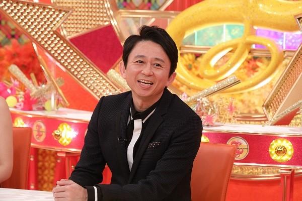 「レディース有吉」MCの有吉弘行。(c)関西テレビ