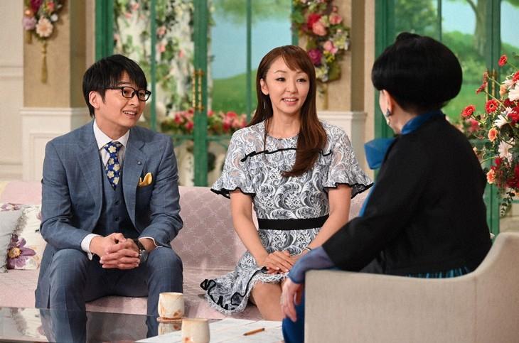 「徹子の部屋」に出演する(左から)ハマカーン神田、神田うの。(c)テレビ朝日