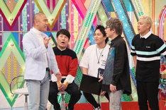 (左から)コロコロチキチキペッパーズ・ナダル、FUJIWARA藤本、狩野英孝、ロンドンブーツ1号2号。(c)テレビ朝日