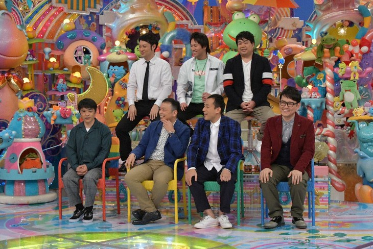 「アメトーーク!」に出演する「サンドウィッチマン大好き芸人」たち。(c)テレビ朝日