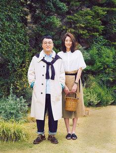 「Domani」6/7月号のモデルに起用されている和牛・水田(左)。
