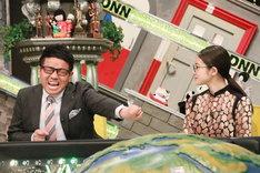 (左から)ミキ昴生、今田美桜。(c)フジテレビ