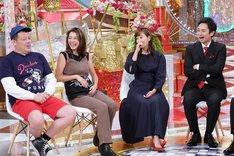 左から野性爆弾くっきー、木下優樹菜、藤本美貴、チュートリアル徳井。(c)日本テレビ