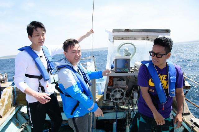 左からかまいたち、宮川大輔。(c)日本テレビ