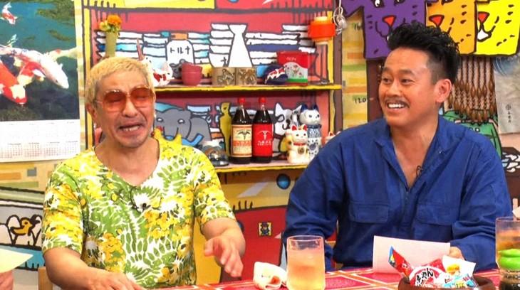 「松本家の休日」に出演する(左から)松本人志、宮川大輔。(c)ABC