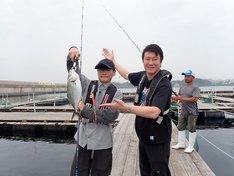 左から山口一郎、加藤浩次。(c)日本テレビ