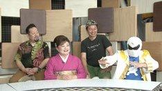 (左から)ジェームス英樹、水田かおり、イバラキング、クックマン。(c)フジテレビ