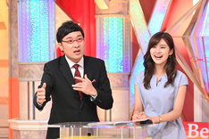 (左から)南海キャンディーズ山里、増田紗織アナ。(c)ABCテレビ