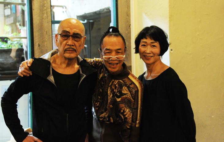 左から麿赤兒、笠井叡、山田せつ子。