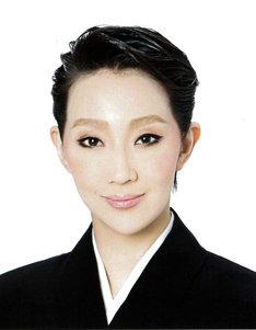 紅ゆずる (c)宝塚歌劇団