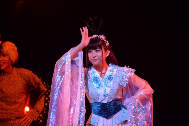 上原多香子演じる乙姫。