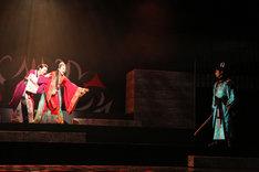 「30-DELUX Dynamic Arrangement Theater『新版 国性爺合戦』」より。