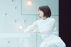 キティエンターテインメント・プレゼンツ「光の光の光の愛の光の」ゲネプロより。秋月三佳演じるアイコ。