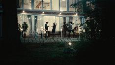 映画「At the terrace テラスにて」より。