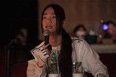 エン*ゲキ#02「スター☆ピープルズ!!」ゲネプロより。演出家席から指示を出す池田純矢。(撮影:京介)