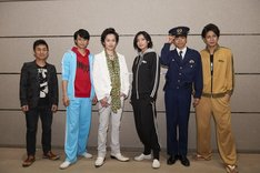 TOEI HERO NEXT ステージ「舞台『さらば俺たち賞金稼ぎ団』」囲み取材の様子。