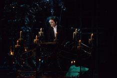 劇団四季 ミュージカル「オペラ座の怪人」横浜公演最終通し舞台稽古より、佐野正幸演じるオペラ座の怪人。