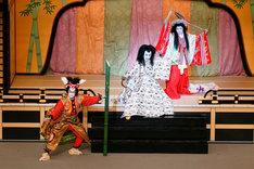 歌舞伎「月光姫恋暫」の様子。(写真提供:NHK)