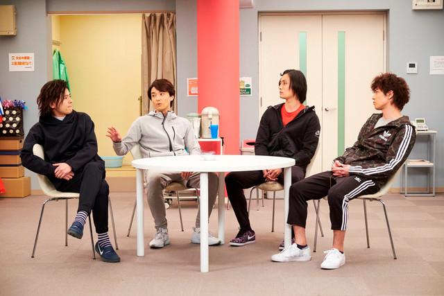 「グリーン&ブラックス」より。左から中川晃教、井上芳雄、加藤和樹、柿澤勇人。