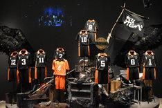 「ハイパープロジェクション演劇『ハイキュー!!』展」より。ゴミ捨て場のシーンの再現