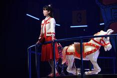 パルコ・プロデュース「サクラパパオー」公開舞台稽古より、黒川智花演じる岡部今日子。