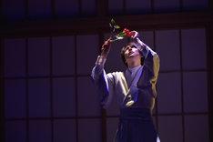 文劇喫茶シリーズ 第1弾「それから」ゲネプロより、平野良扮する長井代助。(撮影:鏡田伸幸)