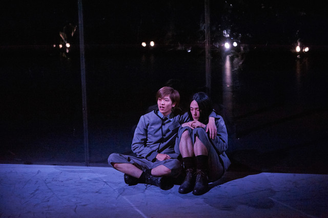 KAAT神奈川芸術劇場プロデュース「春のめざめ」ゲネプロより。(撮影:二石友希)