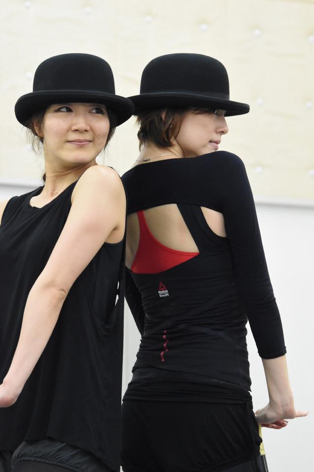 米倉涼子(右)