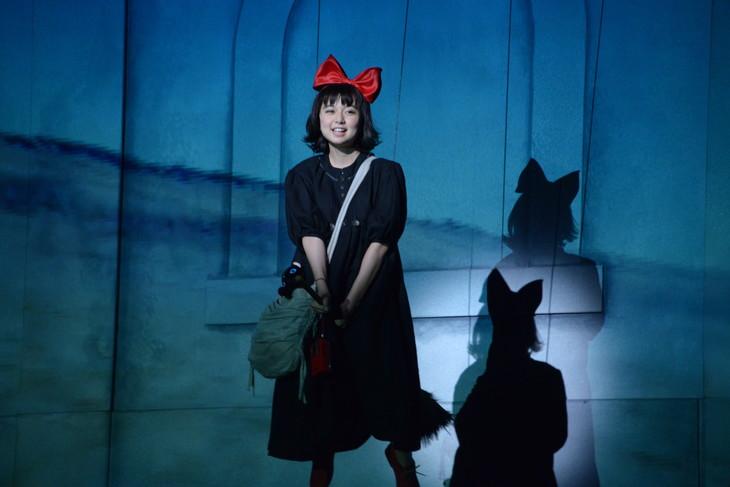 ミュージカル「魔女の宅急便」ゲネプロより。上白石萌歌演じるキキ。