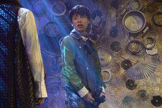 「オーバーリング・ギフト」公開ゲネプロより、富田健太郎演じるカゲツ。