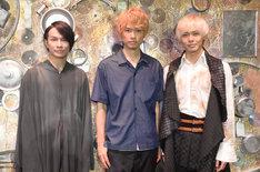 左から風間由次郎、杉本雄治、猪塚健太。