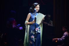 cube 20th. presents 音楽劇「魔都夜曲」ゲネプロより、浜崎香帆演じる李香蘭。