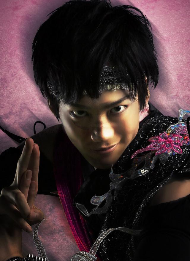 田中亨演じる達磨。