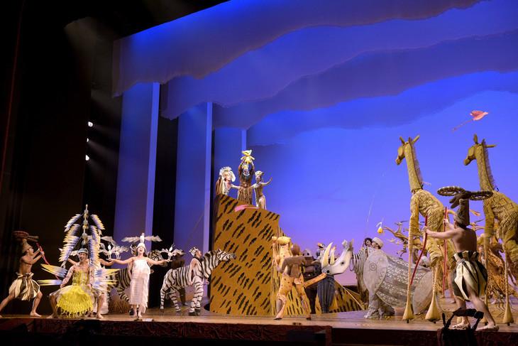 劇団四季 ミュージカル「ライオンキング」より。(c)Disney(撮影:上原タカシ)