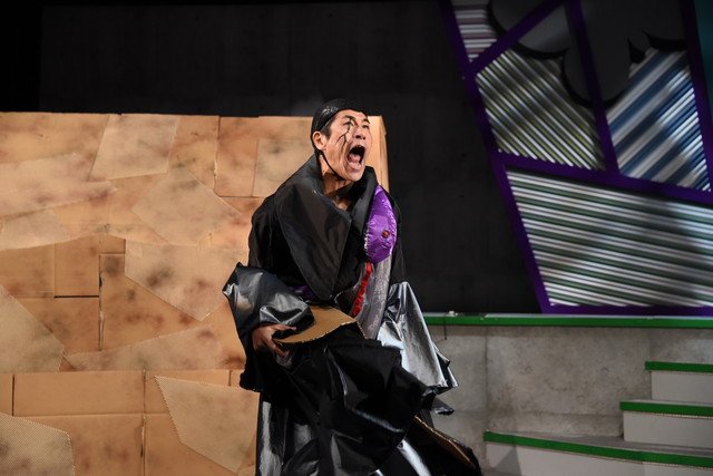 奥田努演じるスネーク将軍。