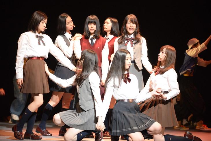 秋元康プロデュースの劇団4ドル5...