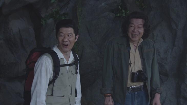 NHK総合「LIFE! ~人生に捧げるコント~」より。左から内村光良、古田新太。(c)NHK