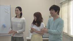 NHK総合「LIFE! ~人生に捧げるコント~」より。左から江口のりこ、川栄李奈、内村光良。(c)NHK