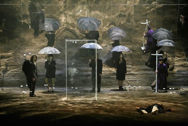 韓国版「ペール・ギュント」(2009年初演)より。(c)LG Arts Center & LJS