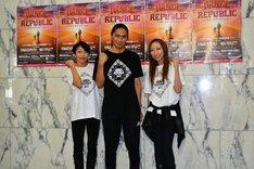 「DANCE REPUBLIC ~The devotion~」囲み取材より。左からETSU、SAM、CHIHARU。